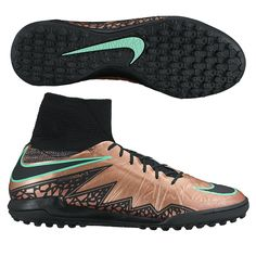 Dance through the defense with quick feet in the Nike HypervenomX Proximo turf soccer shoes. Get your new pair of turf soccer shoes today at SoccerCorner.com.  http://www.soccercorner.com/Nike-HypervenomX-Proximo-TF-Turf-Soccer-Shoes-p/st-ni747484-903.htm
