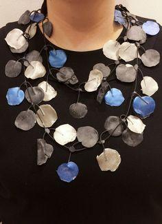 Poppy Necklace Blue/Neutral