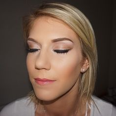 Bridal makeup trial on this beauty. Can't wait to makeup this face again in August  #bridalmakeup #blueeyes #bridal #bride #brows #contouring #highlight #lashes #mac #makeup #mua #makeover #makeupbyme #makeupaddict #makeupartist #makeuplover #makeupjunkie #makeupblogger