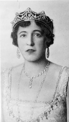 Lady Hothfield, wife of the 2nd Baron.