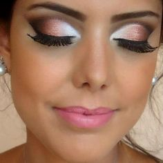 Peach smokey eyes