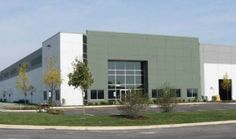 Following the trend of positive industrial fundamentals in the Chicagoland area, supply-chain firm M. Block & Sons has signed a 915,645-square-foot lease at 18801 Oak Park Ave. in Tinley Park, Ill. Newmark Knight Frank Epic represented the tenant in the lease transaction.