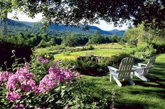 The Windham Hill Inn - West Townshend, VT  http://www.refinery29.com/2013/06/48070/weekend-getaways-nyc#slide14   Recently appointed a member of the exclusive Relais & Châteaux collection of the finest hotels and gourmet restaurants around the world, The Windham Hill Inn offers an escape where guests can unwind and relax in nature. And stylishly at that. Did we mention The Windham Hill Inn has teamed up with Barbour to offer its guests classic Town & Country ...