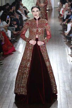 Manav Gangwani at India Couture Week 2016 Pakistani Bridal Dresses, Pakistani Outfits, Indian Dresses, Indian Outfits, Bridal Lehenga, Ethnic Fashion, Asian Fashion, Anarkali Dress, Couture Week