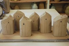 Adorable whimiscal houses, used as flower vases for individual stems, I am thinking of it for knitting needles too! Pottery Houses, Slab Pottery, Pottery Bowls, Pottery Art, Clay Houses, Ceramic Houses, Ceramics Projects, Clay Projects, Beginner Pottery