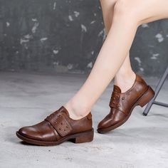 Shoes Boots Combat, Shoe Boots, Holiday Fashion, Holiday Style, Velcro Shoes, Lace Up Sandals, Womens High Heels, Chunky Heels, Low Heels