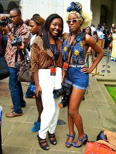 African Fashion Street Style. #Africanfashion #AfricanClothing #Africanprints #Ethnicprints #Africangirls #africanTradition #BeautifulAfricanGirls #AfricanStyle #AfricanBeads #Gele #Kente #Ankara #Nigerianfashion #Ghanaianfashion #Kenyanfashion #Burundifashion #senegalesefashion #Swahilifashion DK