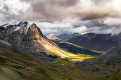 Tekarra Mountain - Skyline Trail - Jasper National Park - Alberta - Canada.JPG