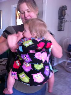 """I'm """"that"""" mom: Tutorial Tuesday: fleece carrier cover"""
