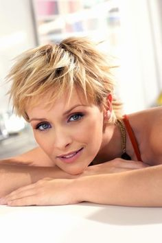 Google Image Result for http://about-hair-styles.com/wp-content/uploads/2011/11/Fashionable-Short-Hair-Styles-for-Women.jpg