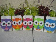Colorful Owl Birthday Party Favor Bag by christinescritters Owl Parties, Owl Birthday Parties, Birthday Party Favors, Owl Bags, Festa Party, Animal Birthday, Party Favor Bags, First Birthdays, Crafts