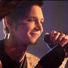 HIS SMILE. I wanna kiss him