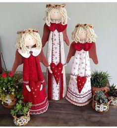 Christmas Craft Show, Christmas Hat, Christmas Projects, Christmas Stockings, Xmas, Christmas Ornaments, Valentine Decorations, Christmas Decorations, Holiday Decor