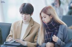 Rosekook love story Jungkook is badboy and he love Chaeyoung. Ulzzang Couple, Ulzzang Girl, Kpop Couples, Cute Couples, Otp, Jung Jaehyun, Couple Photography Poses, Photography Tutorials, Korean Aesthetic
