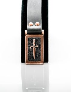 LEATHER BELT DESIGNED WITH COPPER PLATED BUCKLE Designer Belts, Leather Belts, Plating, Copper, Brass