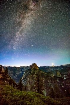 Yosemite National Park. Milky Way. Stars. Night time wonders.