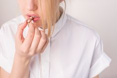 Necklace from PILLS collection by Anna Orska. Foto.: Katarzyna Jankowiak http://picapica.pl/pills-anna-orska/