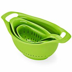 This Mainstays colander was our favorite budget buy. #kitchens