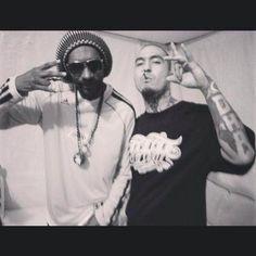 Snoop Dogg and cartel de Santa DHA