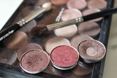 Cranberry Burst - Cranberry all over the lid, Satin Taupe in the crease, Twinks in the outer v.  I've got all 3 of these!