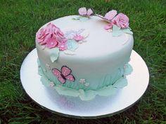 Dåpskake i pasteller med sommerfugler {Bakemagi. Butterfly, Cake, Desserts, Pink, Tailgate Desserts, Deserts, Kuchen, Postres, Dessert