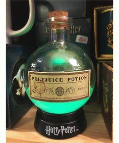 ... Harry Potter totalement magique puisqu elle change de couleurs 😍 des  créateurs Fizz Creations pour les Les fans de Harry Potter Harry Potter  ment Vôtre ... b1f77cc4604