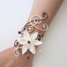 Bracelet mariage ivoire et chocolat + fleur BRA233