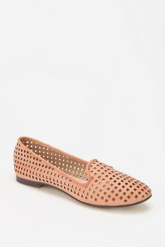 OH MY.  want!  $39.    UrbanOutfitters.com > RESTRICTED Gloria Loafer