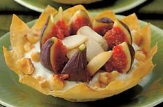 Chef Michel Roux's filo pastries with figs. These stunning filo pastry shells make an elegant Christmas party buffet treat or dinner party starter. Fig Recipes, Chef Recipes, Cooking Recipes, French Recipes, Veggie Christmas, Christmas Recipes, Dinner Party Starters, Heritage Recipe, Filo Pastry