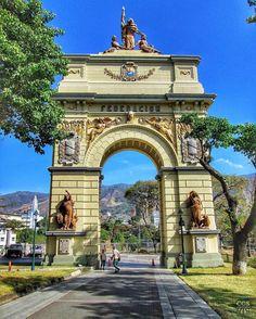 Te presentamos la selección del día: <<LUGARES>> en Caracas Entre Calles. ============================  F E L I C I D A D E S  >> @victor01mora << Visita su galeria ============================ SELECCIÓN @mahenriquezm TAG #CCS_EntreCalles ================ Team: @ginamoca @huguito @luisrhostos @mahenriquezm @teresitacc @marianaj19 @floriannabd ================ #lugares #Caracas #Venezuela #Increibleccs #Instavenezuela #Gf_Venezuela #GaleriaVzla #Ig_GranCaracas #Ig_Venezuela #IgersMiranda…