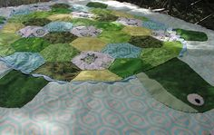 I Love Baby Quilts!: Hexagon Turtle Quilt