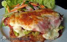 A rich recipe for tried pork chops / Onion Recipes, Meat Recipes, Cooking Recipes, Czech Recipes, Ethnic Recipes, Liver And Onions, Pork Meat, Rich Recipe, Pork Tenderloin Recipes
