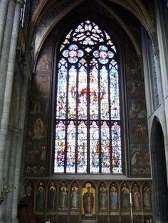 I would love to see this in person!  Saint Pauls Cathedral in Liege