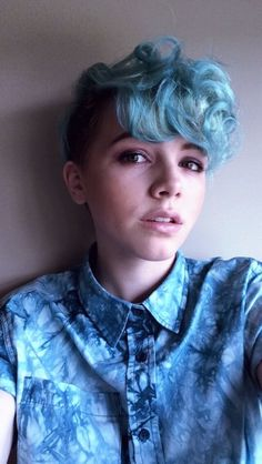 tomboy pixie cut at DuckDuckGo Pretty Hairstyles, Pixie Hairstyles, Haircuts, Hair Inspiration, Hair Inspo, Character Inspiration, Estilo Tomboy, Androgynous Hair, Hair Reference