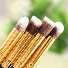 4PCS Soft Eyeshadow Eye Brushes Makeup Cosmetic Tool - US$2.97