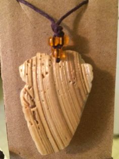 2 inch long shell necklace