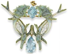 Lalique Fish and aquamarine brooch #Lalique #FishBrooch #VonGiesbrechtJewels