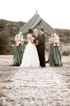 Event Design: Lisa Vorce, Oh How Charming / Photography: Aaron Delesie / Venue: Figueroa Mountain Farmhouse / Floral: Mindy Rice