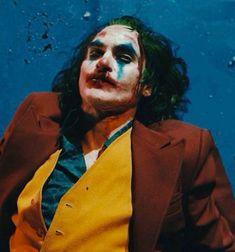 Joaquin Phoenix, Joker Poster, Joker Dc, Joker And Harley Quinn, Joker Kunst, Dream Moods, Tumblr Games, Joker Photos, Dc Comics