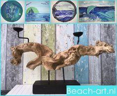 kandelaar drijfhout  http://webshop.bewegenaanzee.nl/producten/beach-art/p-1/300.html