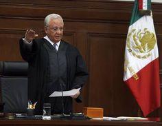 Angela Campos (Juan N. Silva Meza, Ministro de la Suprema Corte de Justicia.)