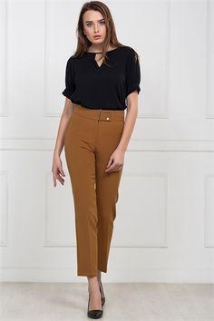 İRONİ DAR PARÇA TUTUN PANTOLON Capri Pants, Fashion, Moda, Capri Trousers, Fashion Styles, Fashion Illustrations