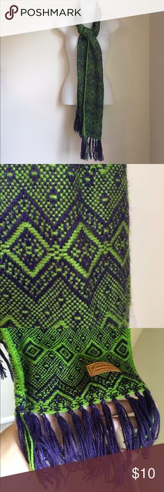 Alpaca Scarf💚💜 Alpaca scarf woven in bright green and purple colors... perfect for the winter months with cute fringe on the ends❕ comment below with offers or questions. Accessories Scarves & Wraps