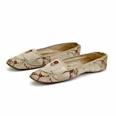 1850-55 Womans Shoes Silk and leather