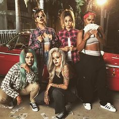 Las Hynas Had so much fun being apart of @chrisspy Gangster Clown Pt.II shoot.  Its a legit movie, i cannot wait for you guys to see it. Stay tuned ❤️ @chrisspy @makeupshayla @lora_arellano @christendominique #iluvsarahii #gangsterclown #laclika #hynas