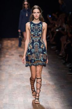 Valentino Spring/Summer 2015 – Paris Fashion Week | A Fashionista's Diary
