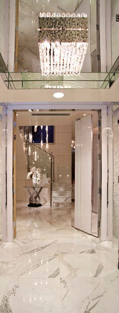 Penthouse :: White Marble :: Crystal interiors