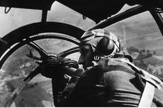 Einsatz der deutschen Luftwaffe, 1939, Deutscher Bomber über Polen | Deployment of the German airforce, 1939