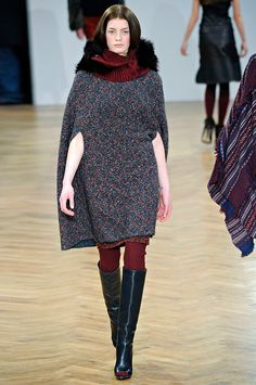 Pringle of Scotland Fall 2011 RTW - Runway Photos - Vogue