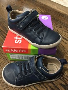 d245d1084f08 Toddler Boys Stride Rite Shoes Size Condition is Pre-owned.